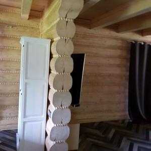 dom z bali wnętrze 3